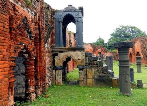 Tourist Spots in Pandua
