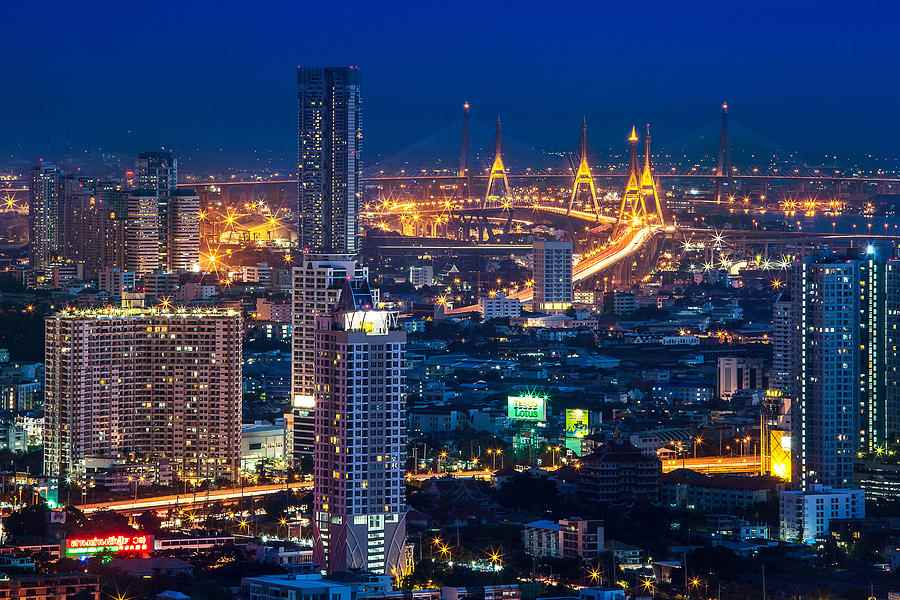 bangkok-capital-city-of-thailand-nightscape-arthit-somsakul