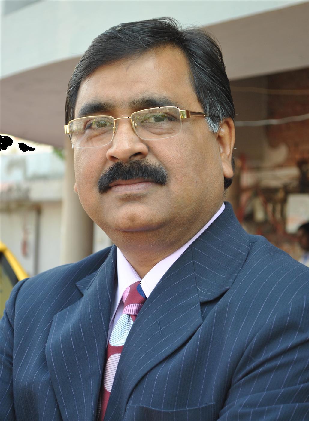 Dr Sanjayan Tripathi