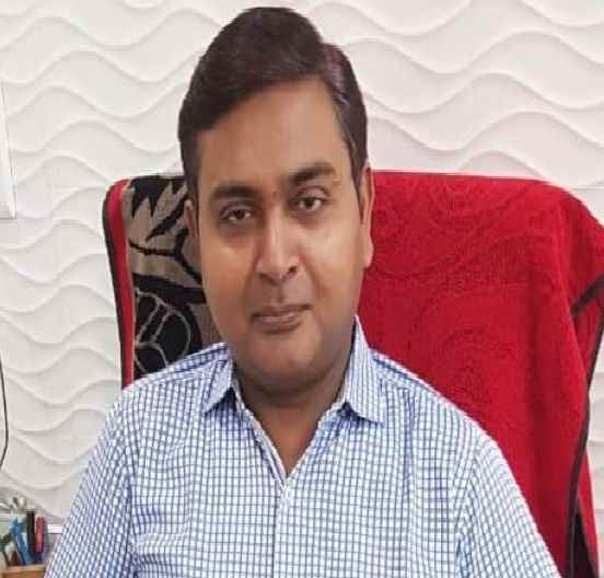 Dr Manzar Kamal