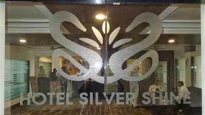 Hotel silver shine