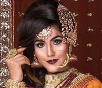 Makemeup Unisex Salon by Geeta Kapoor