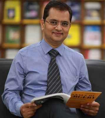Dr Pravin Suryawanshi