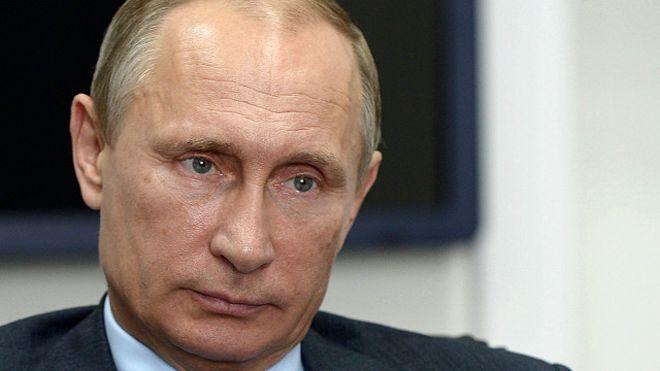 Russian President Vladimir Putin arrives in UAE