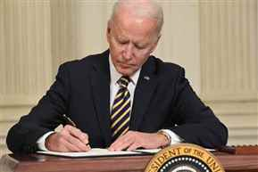 Biden signs executive order to review semiconductor shortage