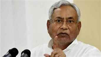 Bihar CM Nitish Kumar visits AES hit Muzaffarpur; reviews situation