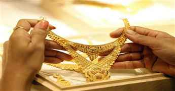Gold prices up by Rs 1,365 to Rs 56,181 per 10 gram in Delhi