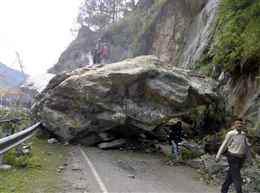 Himachal Pradesh: Fresh landslides block Manali-Leh Highway