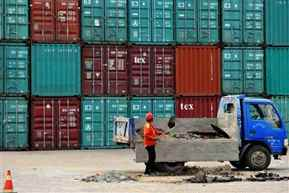 Exports up 3.93% in May; trade deficit widens to 15.36 bn dollars