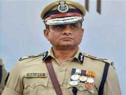 Ex-Kolkata police chief moves SC seeking extension of protection