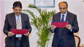 Dr. Pradeep Kumar Joshi takes oath as Chairman of UPSC