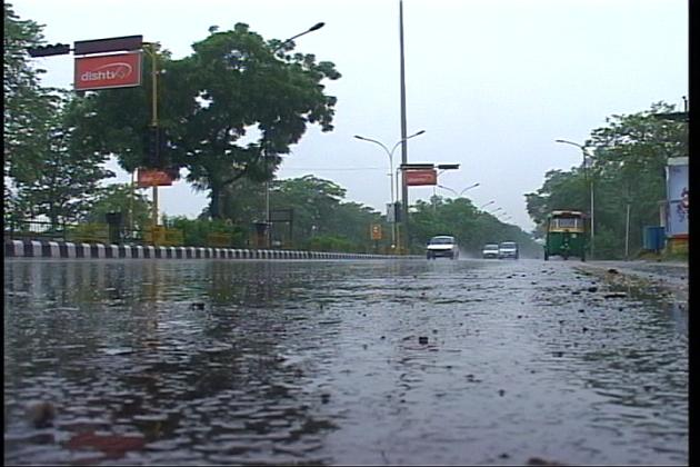 Lack of cross-equatorial flow hinders progress of monsoon: IMD