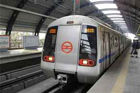 DMRC appeals GOT fans to not spoil finale, urges to use earphones in Metro
