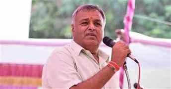 Former-Gujarat MP gets life imprisonment in Amit Jethwa murder case