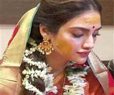 Actress and TMC MP Nusrat Jahan's marries Nikhil Jain with Hindu rites