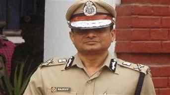 SC dismisses plea of ex-Kolkata CP seeking extension of protection from arrest