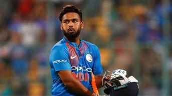 Tendulkar heartbroken by Dhawan's exit, wishes Rishabh Pant luck