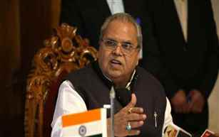 There is no shortage of medicines and essential commodities in the state, Satya Pal Malik
